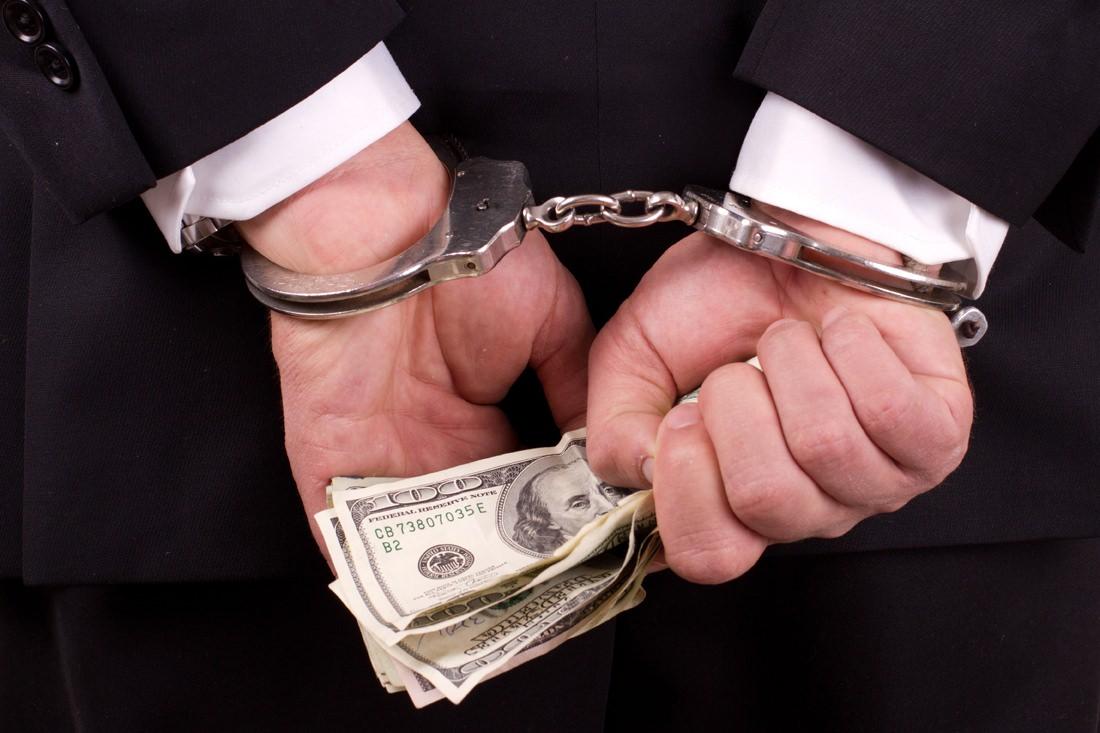 Riconoscere le truffe finanziarie di soggetti non autorizzati