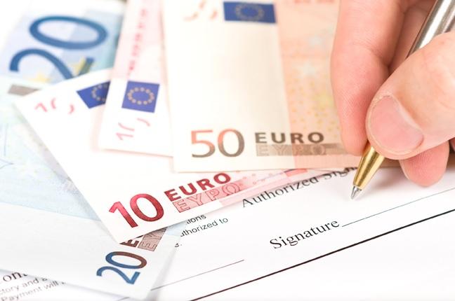 È lecito il rilascio di assegni post-datati?