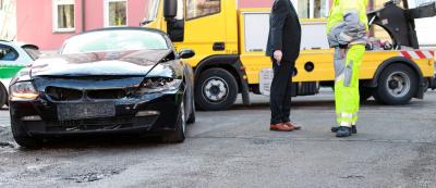 Incidente con auto rubata: come il terzo trasportato può chiedere il risarcimento danni