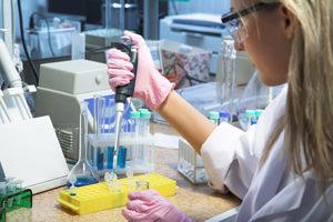 Polizze sulla salute, vietati i test genetici