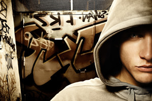 "Adolescenza a ""rischio droghe"""